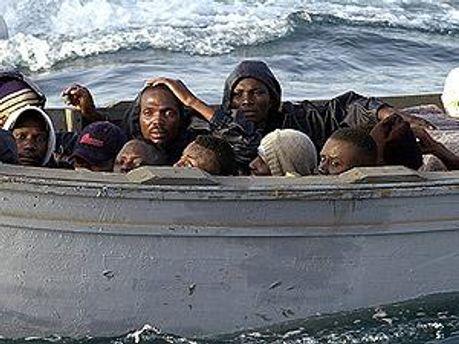 Біля Тунісу загинули 150 людей
