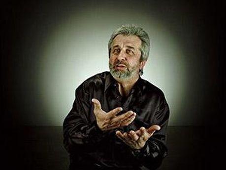 Директор і головний диригент Харківської обласної філармонії Юрій Янко