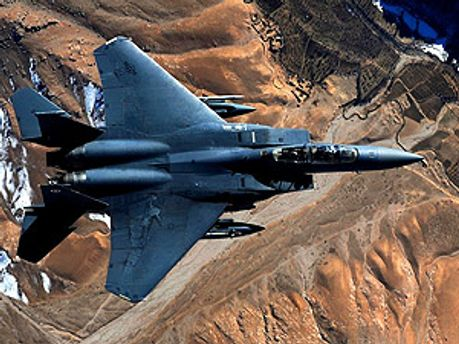Силы НАТО продолжают атаковать Ливию