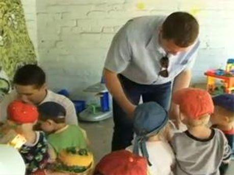 Компанія TeleTRADE дарує тепло дітям!