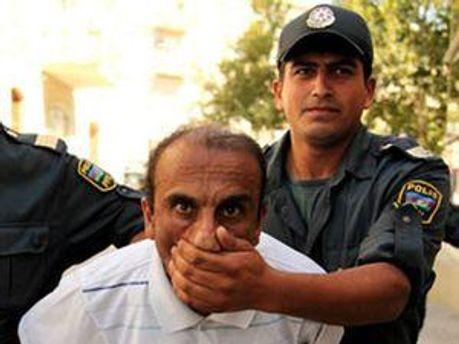 В Баку полиция разогнала митинг оппозиции