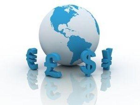 Доллар и рубль не изменились, евро - подешевел