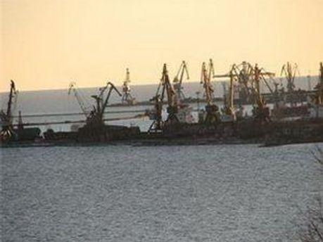 Холерний вібріон міг завезти іноземний корабель