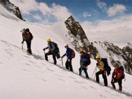 Альпіністи часто перебувають у ризику
