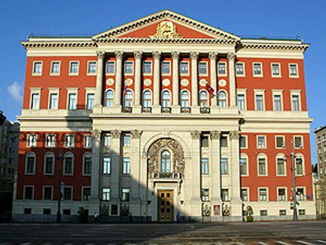 Новіков обіймав високі посади у мерії Москви і уряді російської столиці