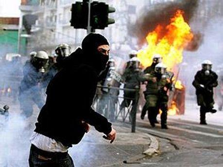 Центр Афін серйозно постраждав