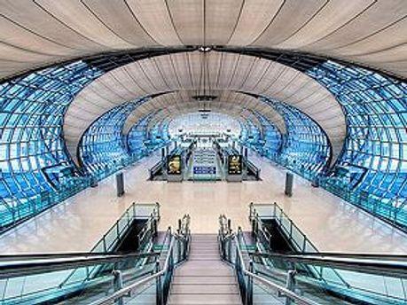Опасный багаж нашли в аэропорту Бангкока