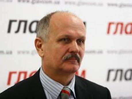 Василь Яструбинський