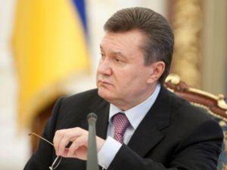 Янукович все обіцяє зустрітись