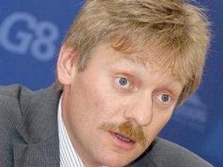 Дмитрий Песков считает украинский активисток дурами