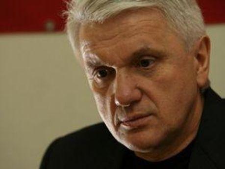 Владимир Литвин говорит, что слово за Президентом