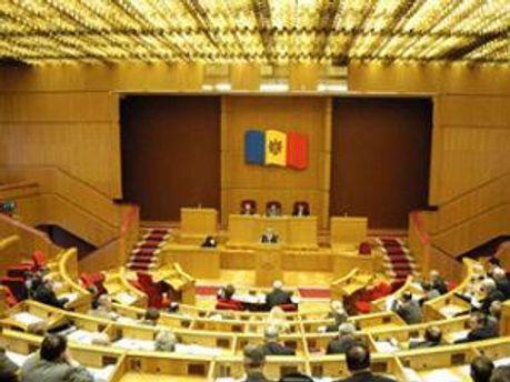 Закон вступит в силу 1 июля 2012