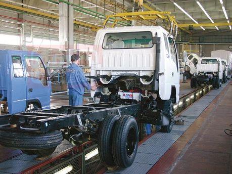 Морозы сократили выпуск автомобилей на украинских заводах