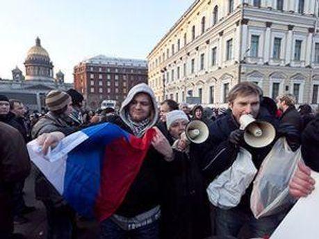 Против активистов составили протоколы за неповиновение сотрудникам полиции