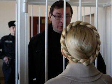 ПАСЕ в который раз просит украинскую власть освободить экс-чиновников