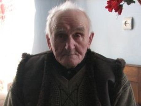 111-летний дедушка до сих пор сохраняет оптимизм