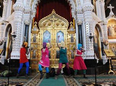 Pussy Riot в Храме Христа Спасителя