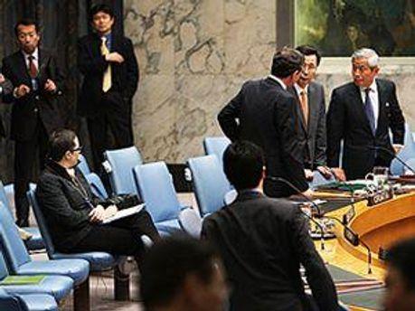 Представник Пхеньяну вдарив
