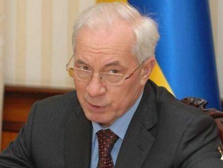 Азаров зустрівся з представниками іноземних компаній