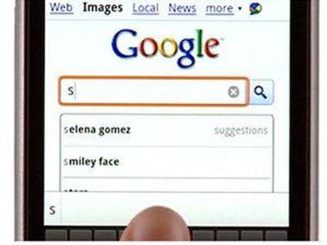 Google на мобильном телефоне