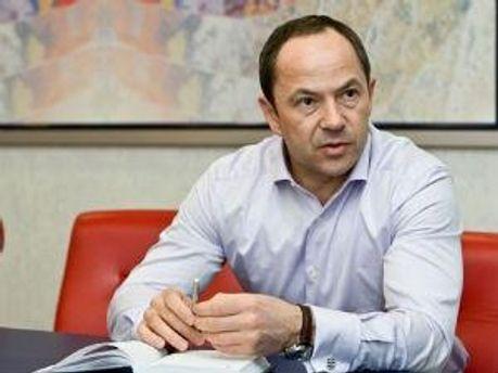 Сергей Тигипко стал членом Партии регионов
