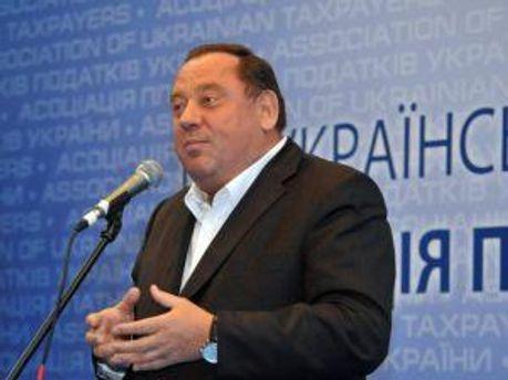 Петро Мельник