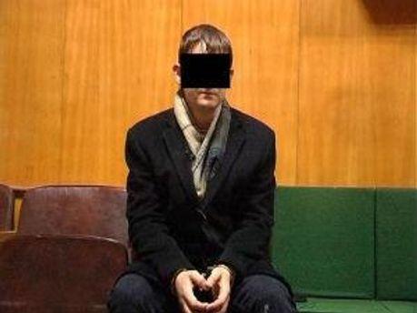 Обвиняемый в изнасиловании Максим Присяжнюк