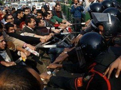 Массовые столкновения в городе Хама