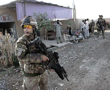 Итальянский солдат в Афганистане