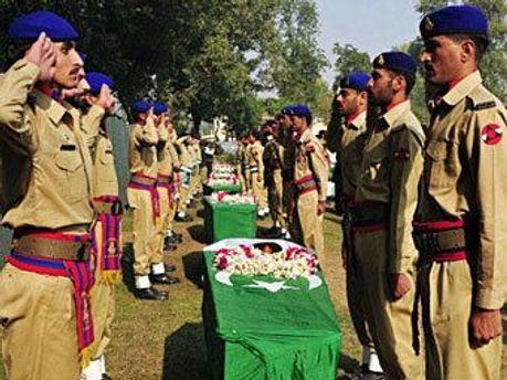 Похороны пакистанских военных