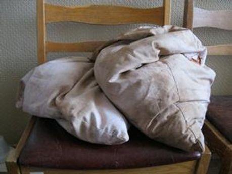 Чоловік задушив пасинка подушками