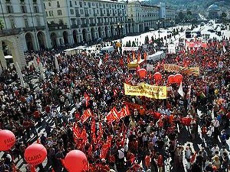 Забастовка в Италии против мер жесткой экономии