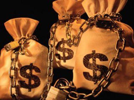 Инвесторам запретили ввозить валюту наличными