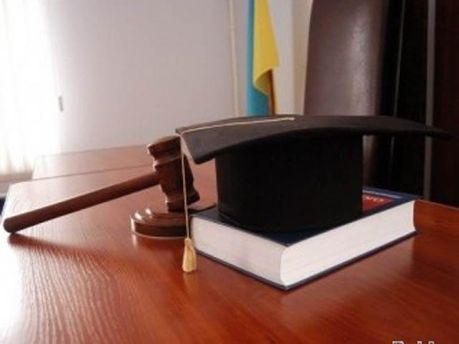 В Україні діє новий КПК