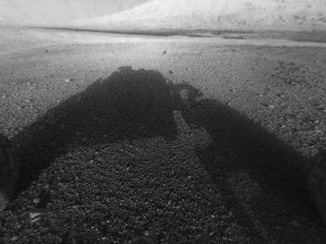 Тень от марсохода