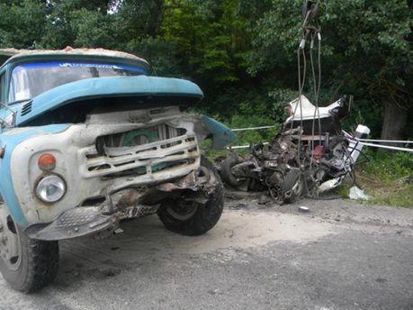 В страшной аварии в Хмельницкой области погибли 5 человек