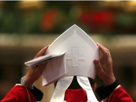 ООН вимагає від Ватикану досьє на священиків-педофілів