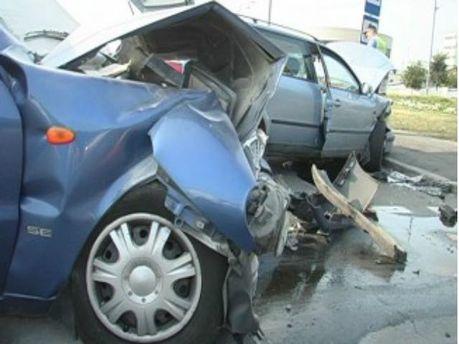 В столице столкнулись Daewoo и Volkswagen: есть пострадавшие