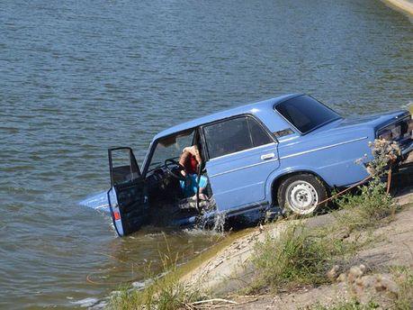 Машина, которая затонула
