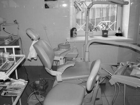Дівчина померла після відвідин стоматолога