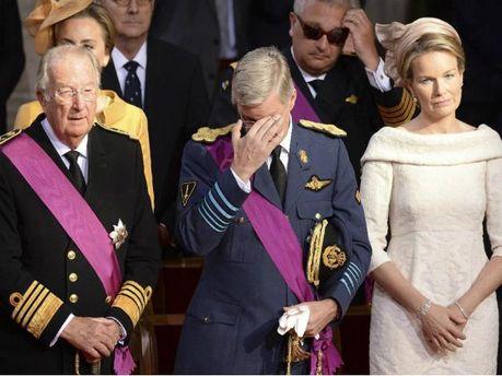 Святкова церемонія: Альберт ІІ зрікся від престолу на користь свого сина (Фото)