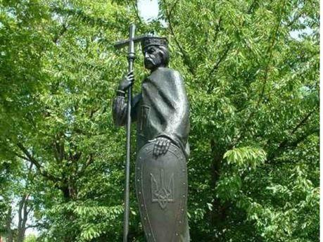 Памятник Владимиру Великому в Лондоне