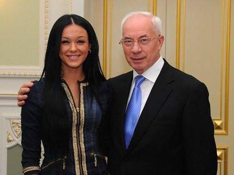 Марія Яремчук з миколою Азаровим