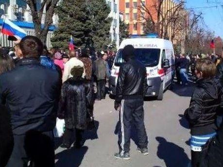 У Луганську штурмували СБУ