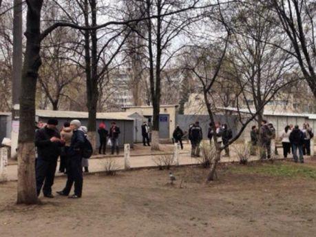 В Харькове блокируют базу бывшего