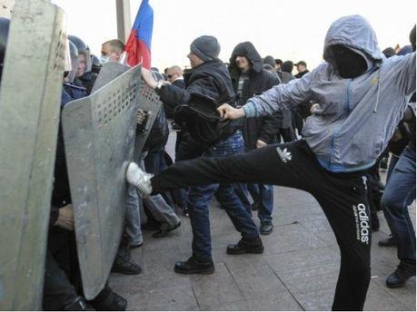 Сепаратисты в Донецке