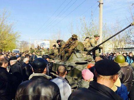У Краматорськ приїхала військова техніка