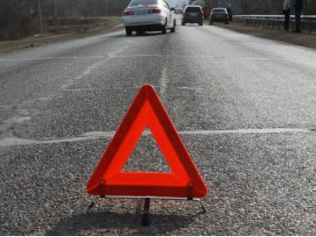 В ДТП на Черниговщине 4 человека погибли, 2 - пострадали