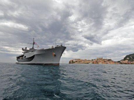 Фрегат ВМС США зашел в Черное море