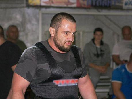 Темур Юлдашев